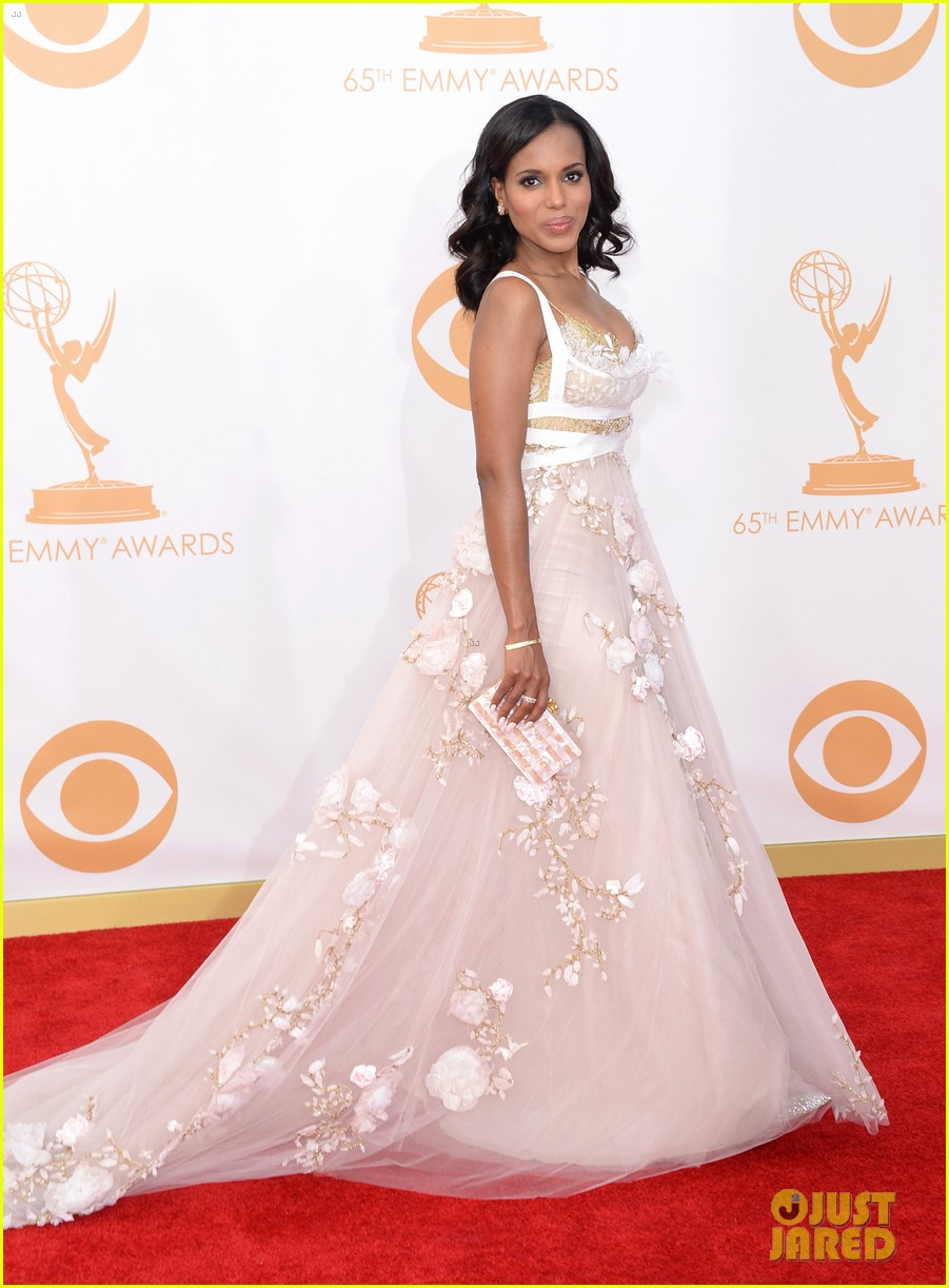 http://cdn01.cdn.justjared.com/wp-content/uploads/2013/09/washington-emmys/kerry-washington-emmys-2013-red-carpet-04.jpg