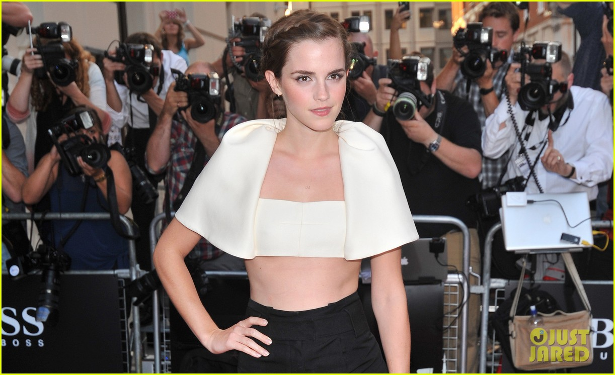emma watson eddie redmayne gq men of the year awards 2013 042942986