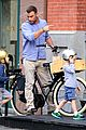 naomi watts family bike all week in new york city 02