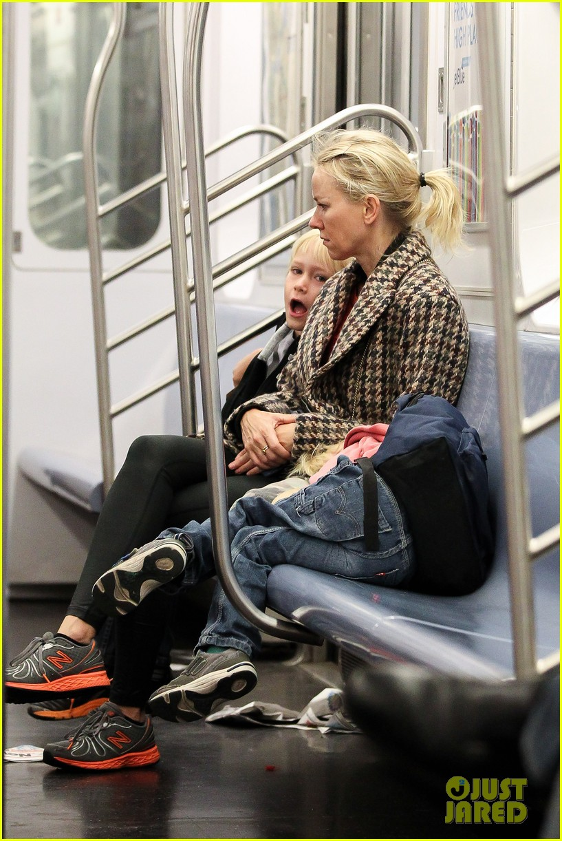 naomi watts rides the subway with her boys 072959852