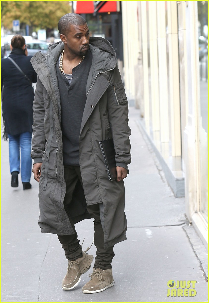 kanye west promotes yeezus in paris 09