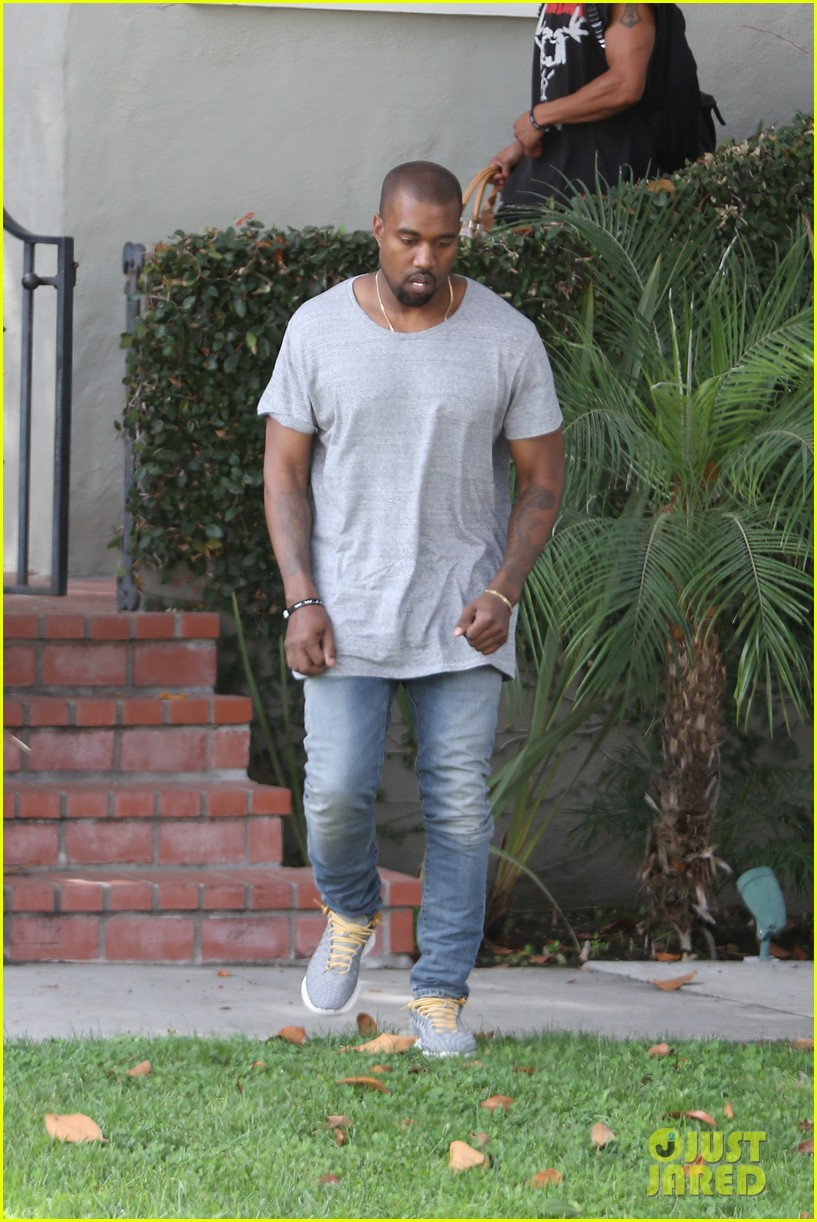 kanye west compares himself to wreck it ralph cartoon character 032960425
