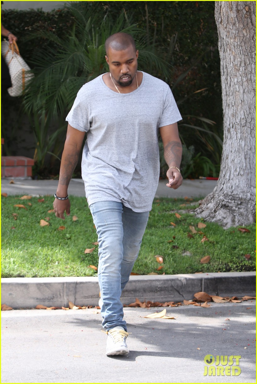 kanye west compares himself to wreck it ralph cartoon character 082960430
