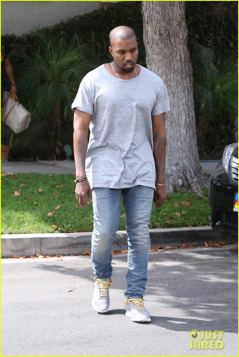 kanye west compares himself to wreck it ralph cartoon character 092960431