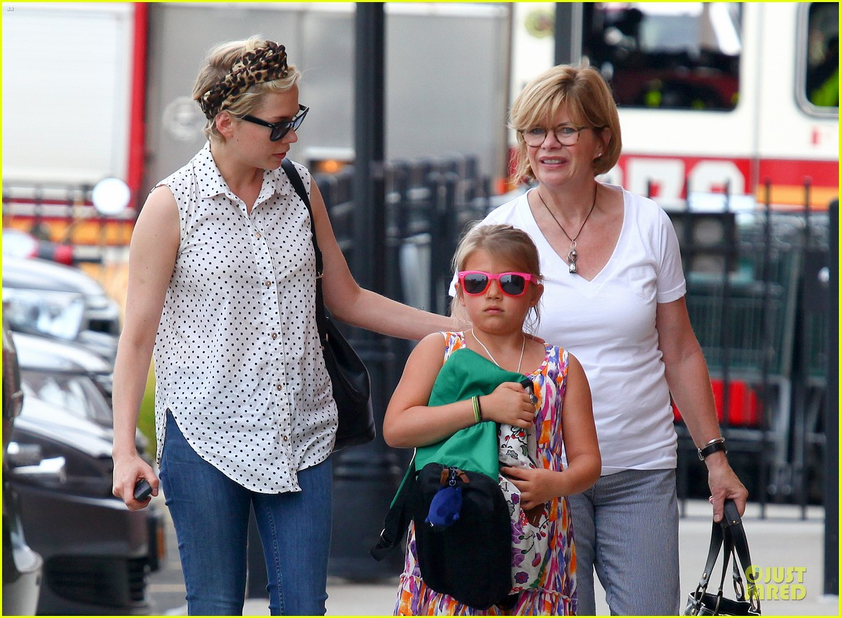michelle williams goes wild with matilda after birthday 072949590