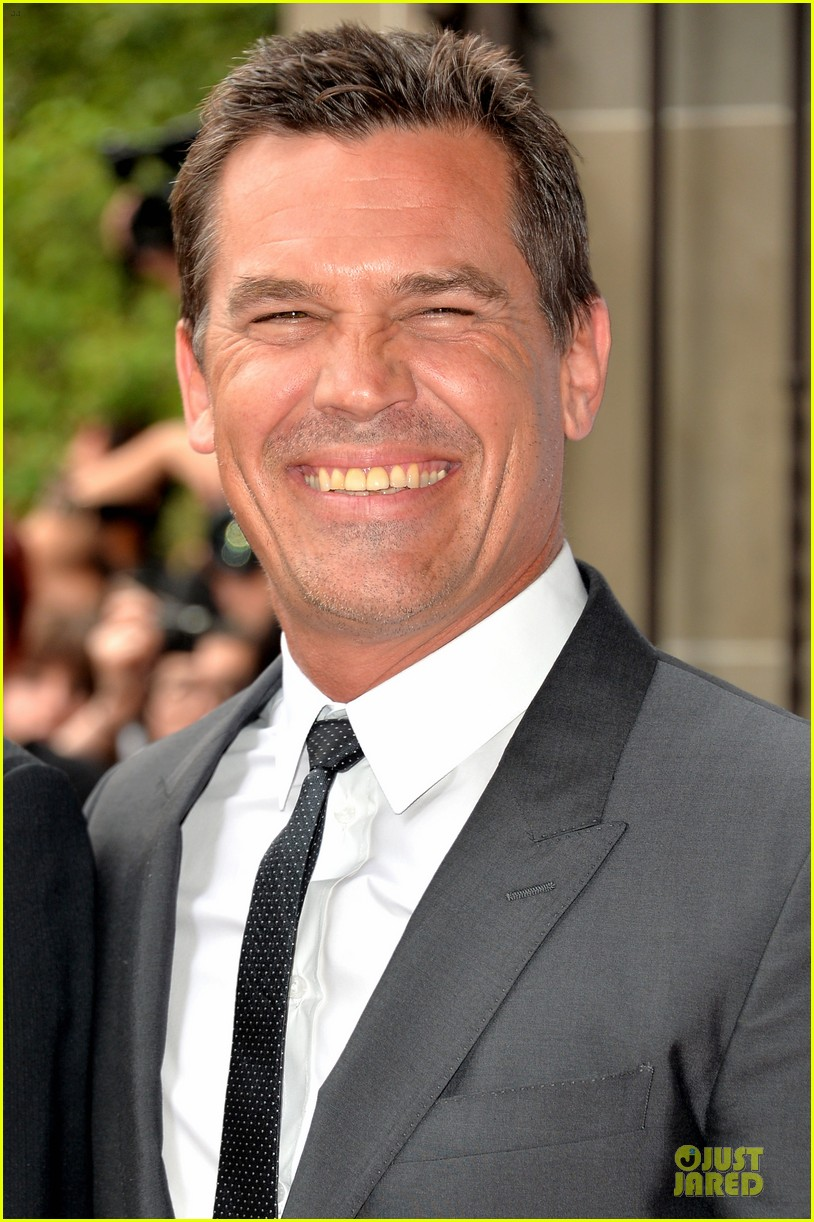 kate winslet josh brolin labor day tiff premiere 08