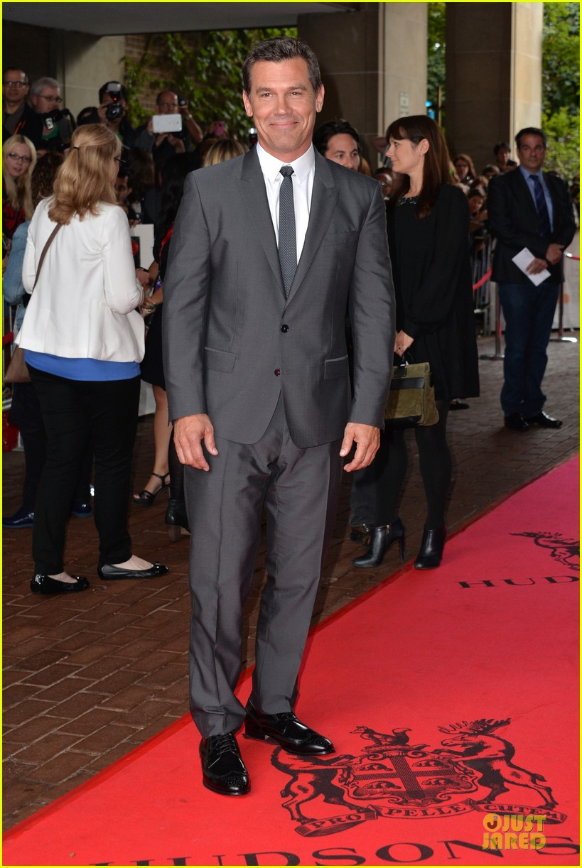 kate winslet josh brolin labor day tiff premiere 152946200