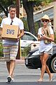 reese witherspoon jim toth labor day grocery shopping 13