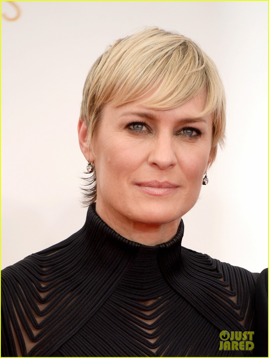 robin wright emmys 2013 red carpet with her kids 022958375