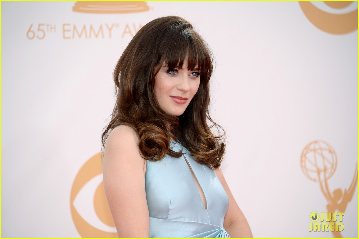 zooey deschanel emmys 2013 red carpet 082957975