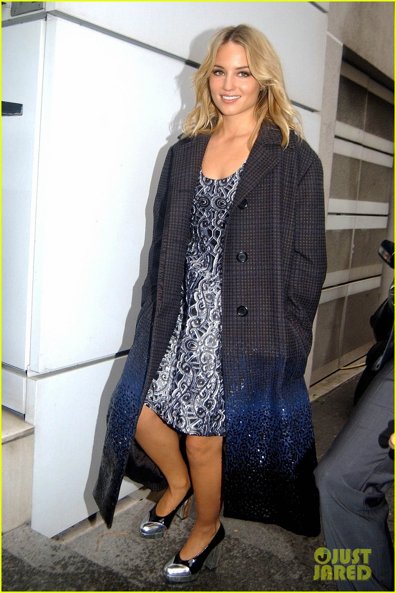 dianna agron promotes the family in paris 052973329