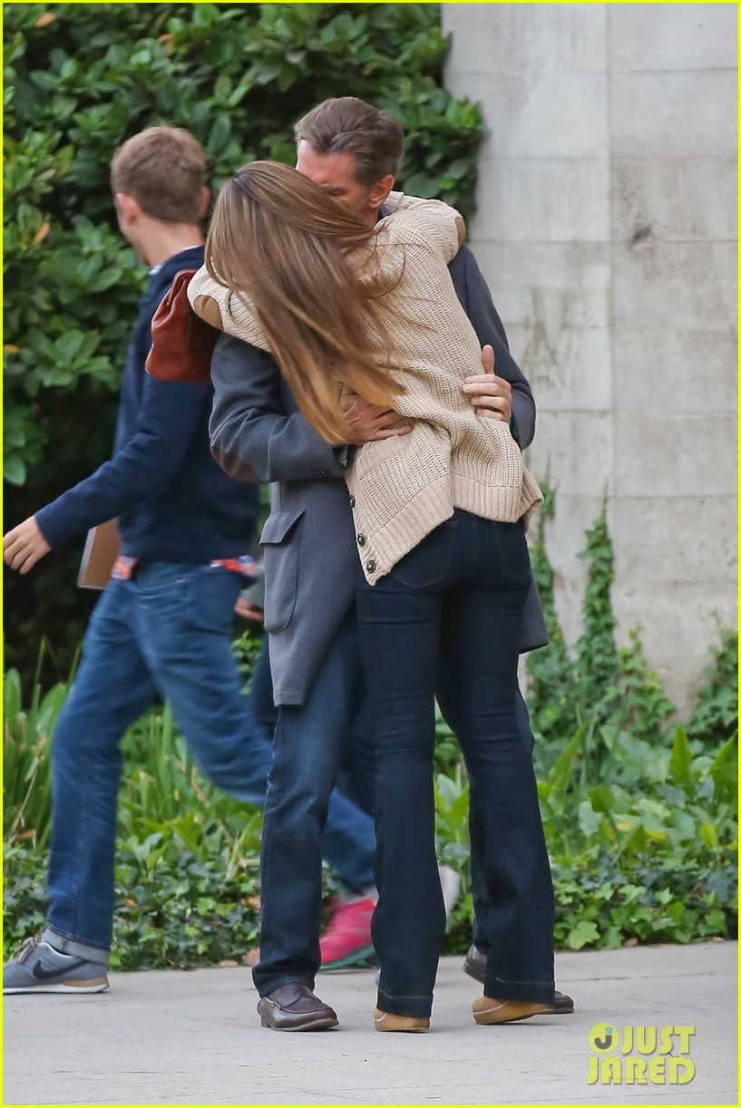 jessica alba passionately kisses pierce brosnan for movie 16