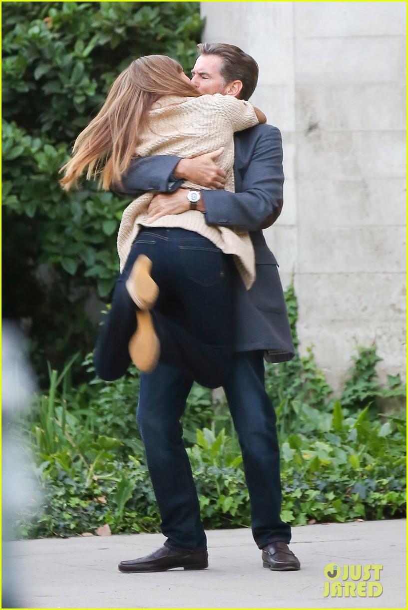 jessica alba passionately kisses pierce brosnan for movie 252983307