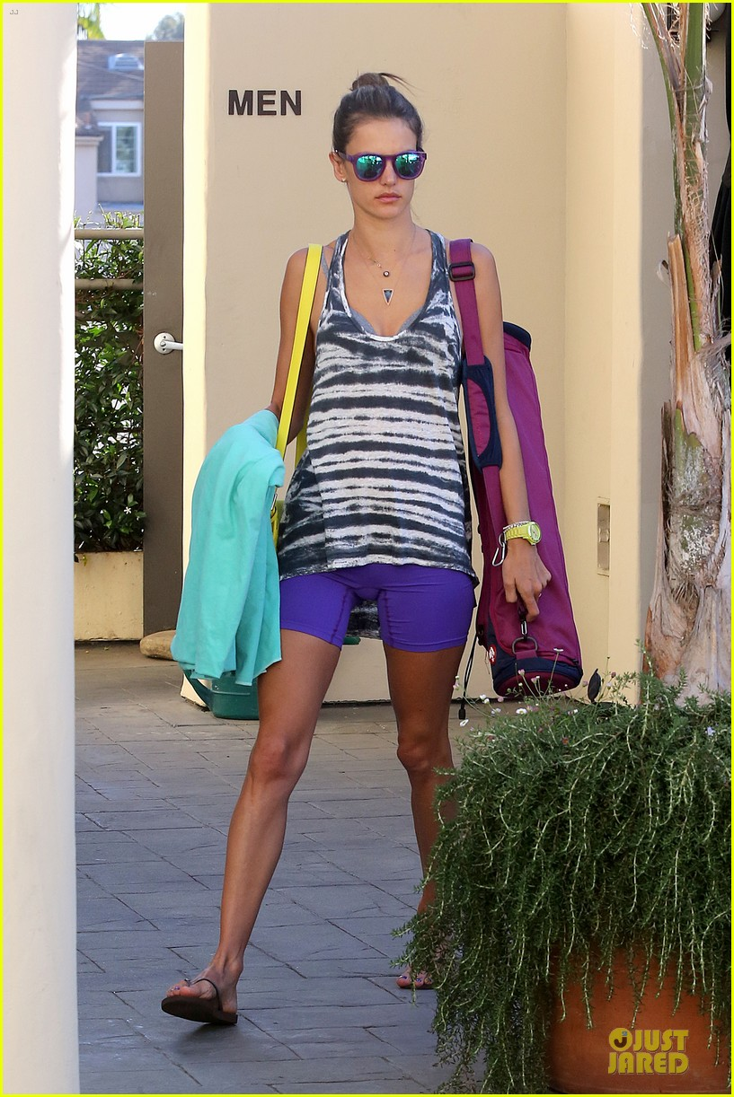 alessandra ambrosio time to think halloween costumes 162968201