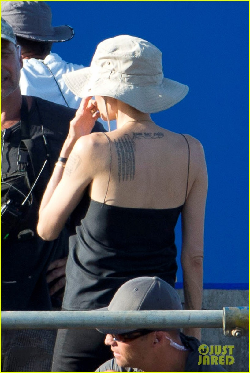 angelina jolie works hard on unbroken set 062977256