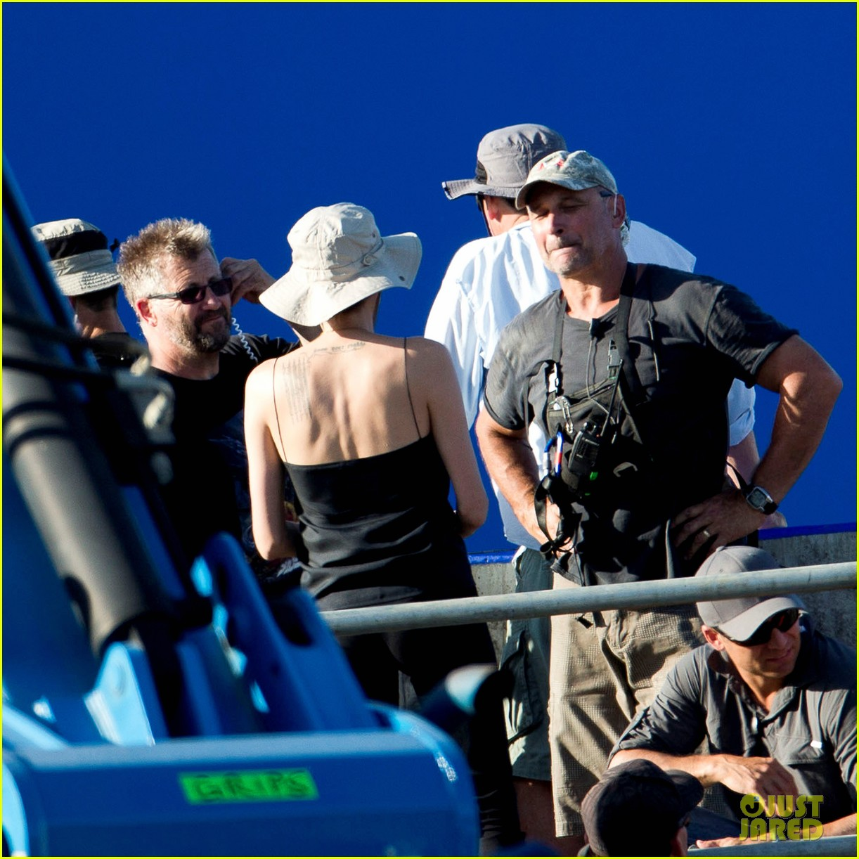 angelina jolie works hard on unbroken set 102977260