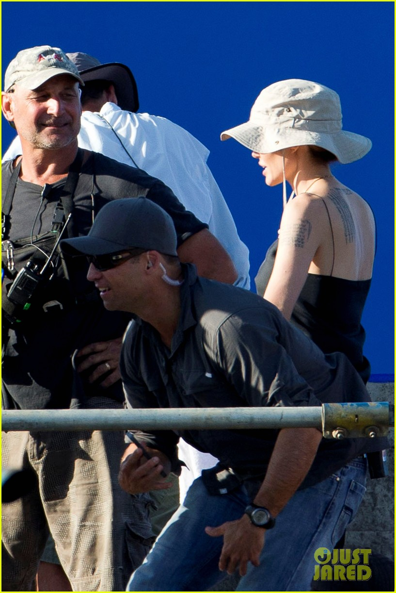angelina jolie works hard on unbroken set 112977261