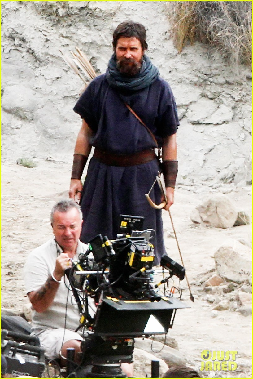 christian bale rocks beard wears tunic for exodus 112977067