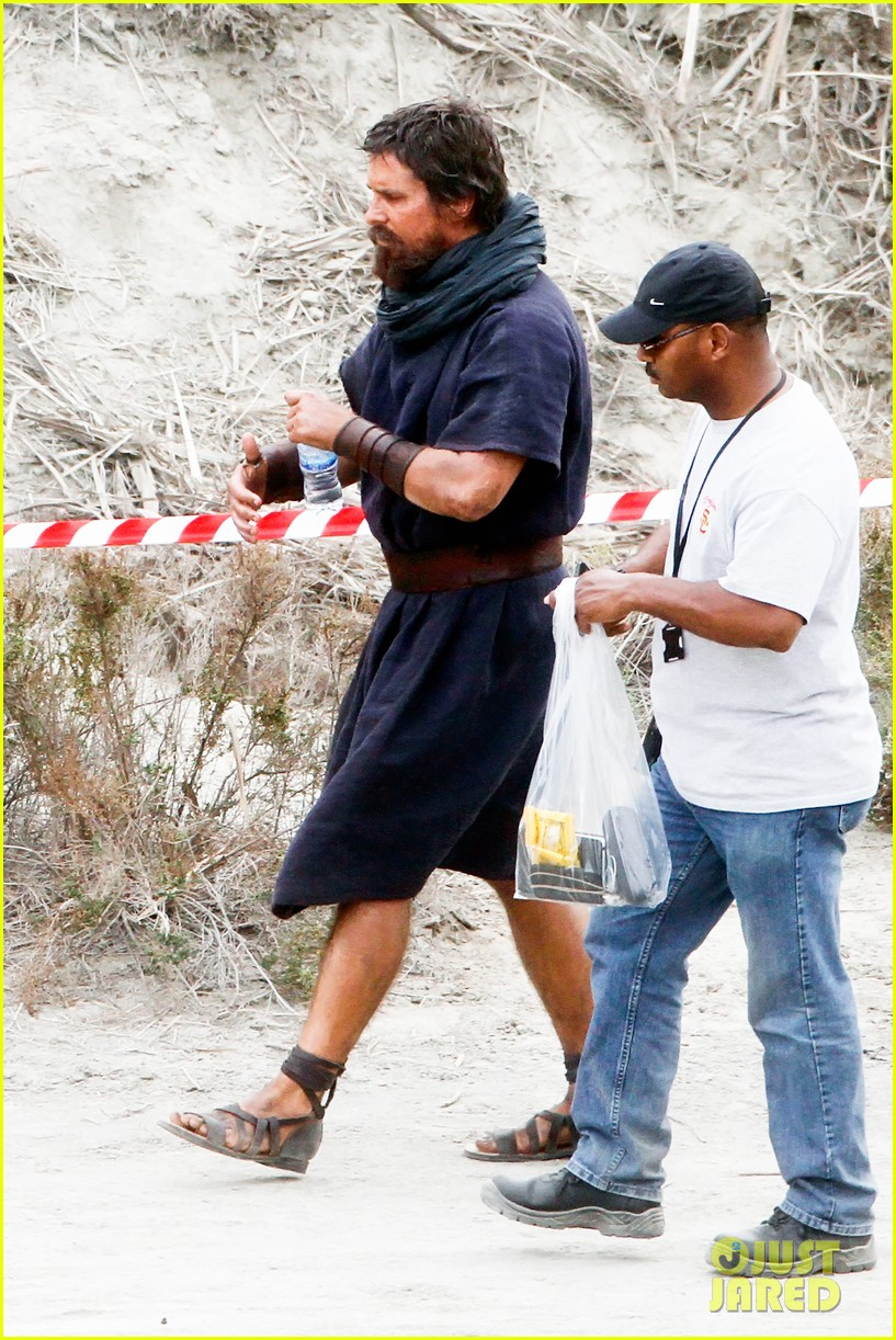 christian bale rocks beard wears tunic for exodus 132977069