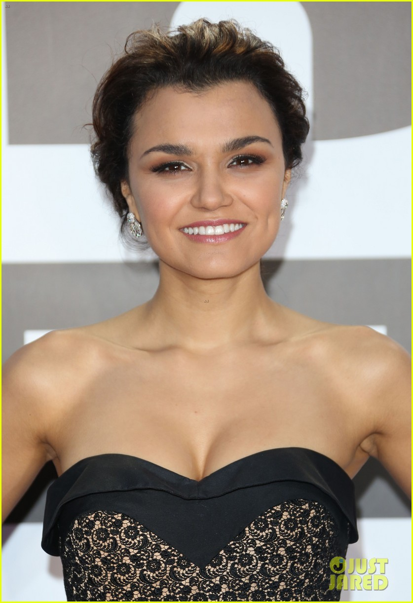 samantha barks celebrates birthday at classic brit awards 022964759