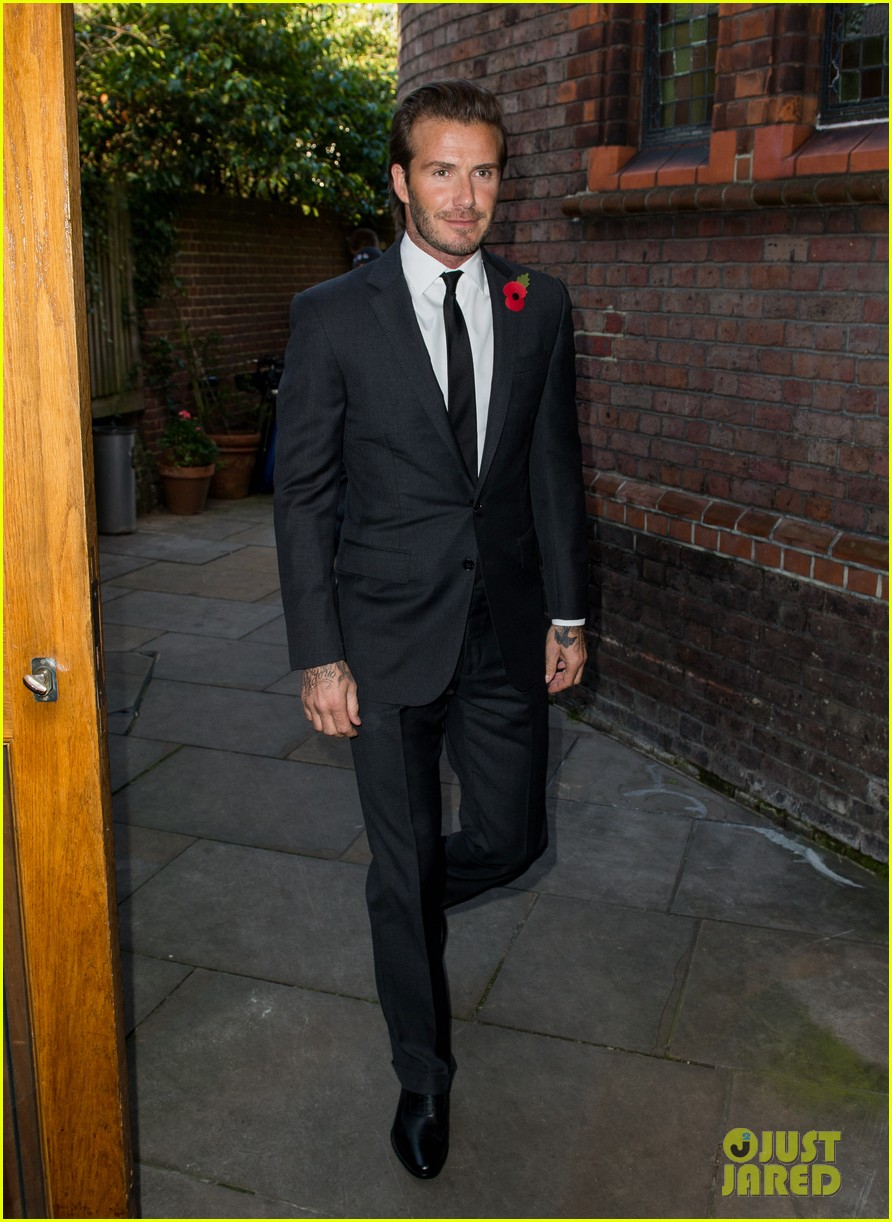 david beckham facebook global book signing 012982937