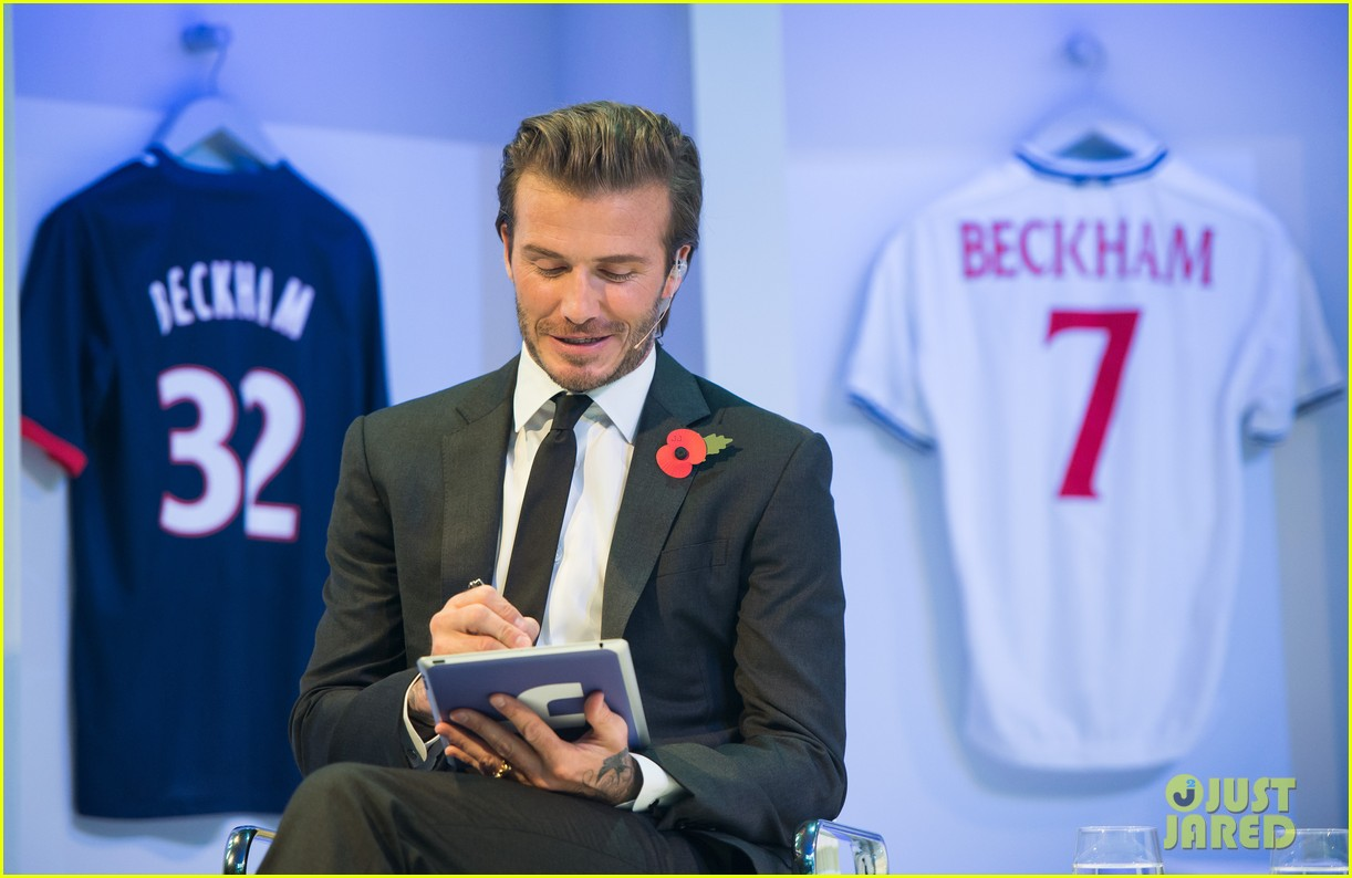 david beckham facebook global book signing 122982948