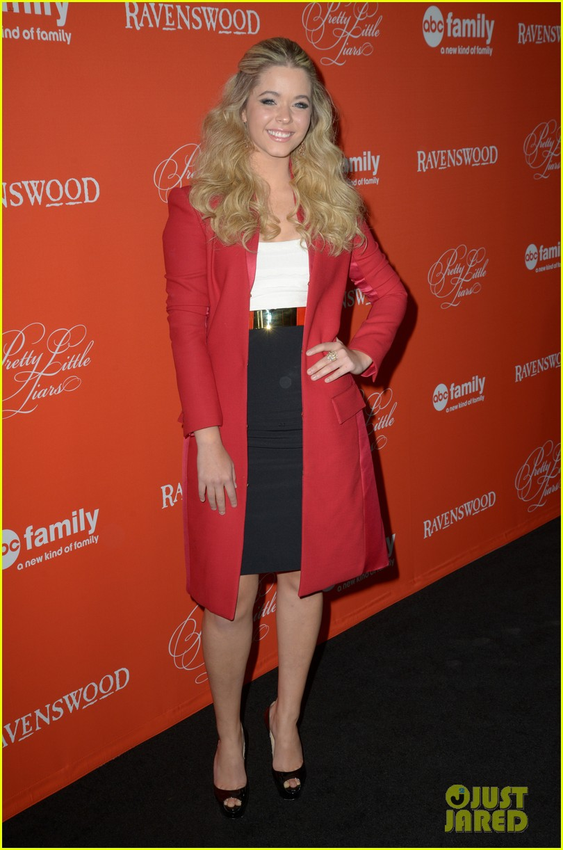 ashley benson lucy hale pretty little liars halloween screening 15