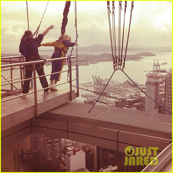 beyonce takes freefall jump watch now 022979183
