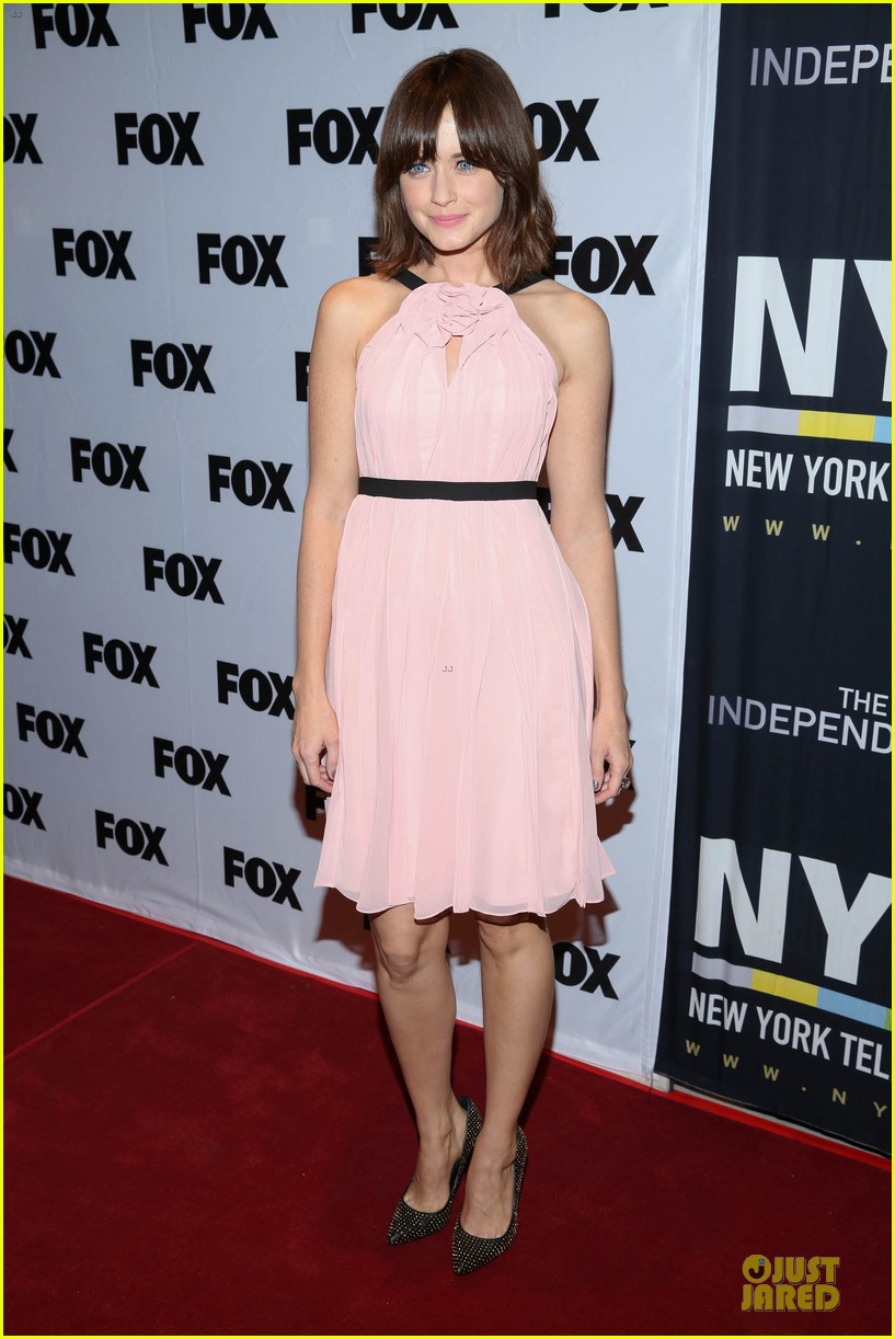 alexis bledel jason ritter us them nyc screening 092977312