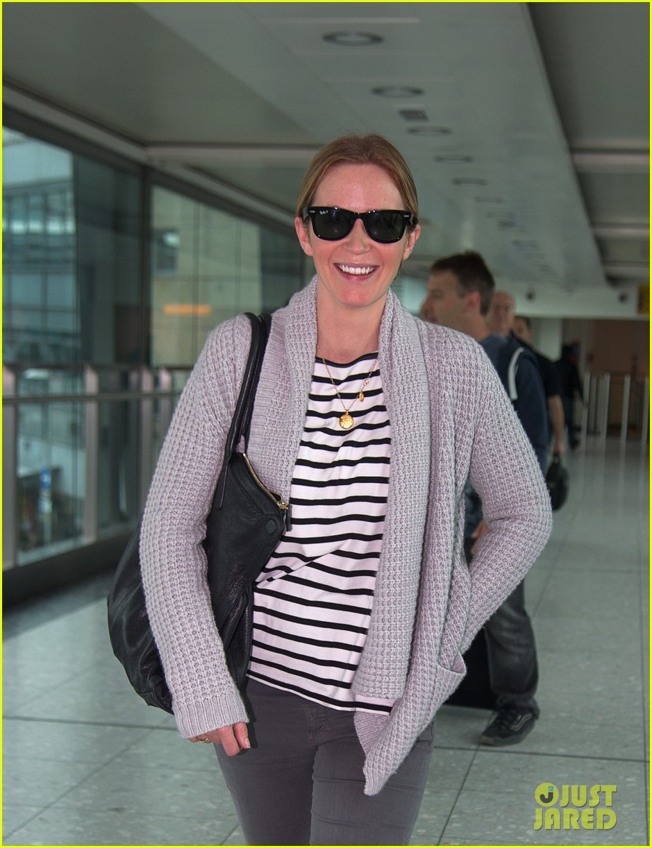emily blunt into the woods broadway star talks brilliant casting 022971549