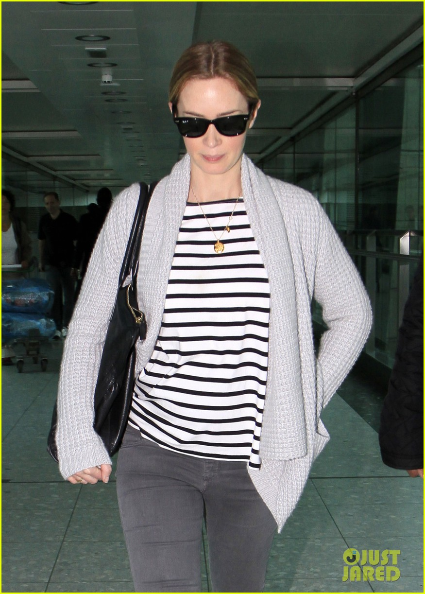 emily blunt into the woods broadway star talks brilliant casting 102971557