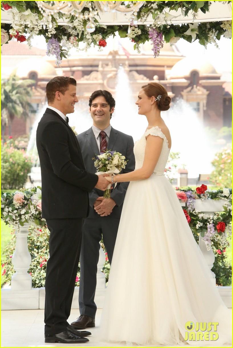 Bones' Wedding: Booth & Bones Get Married - See Wedding Pics!: Photo