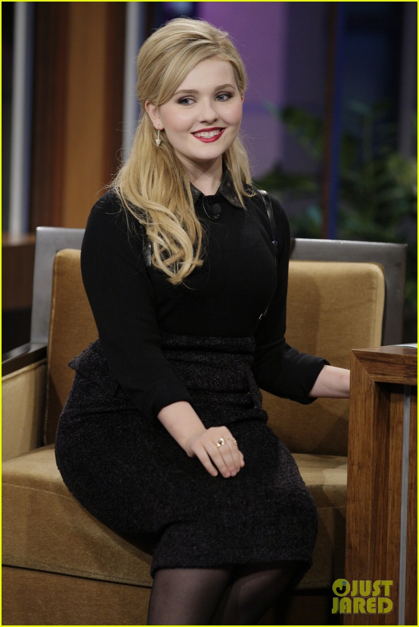 abigail breslin promotes enders game on jay leno 01