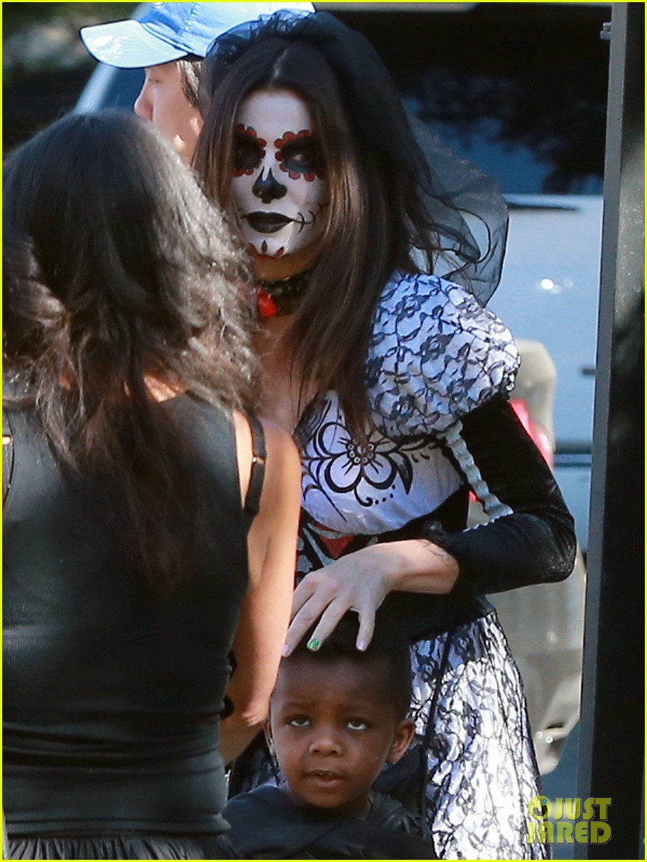 sandra bullock goes spooky for halloween party with louis 062975123