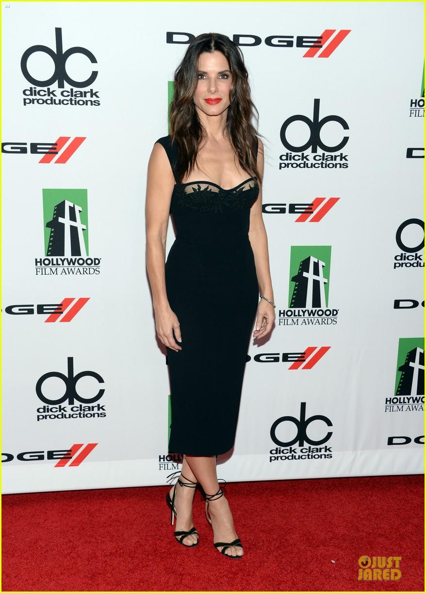 sandra bullock olivia munn hollywood film awards 2013 012976620