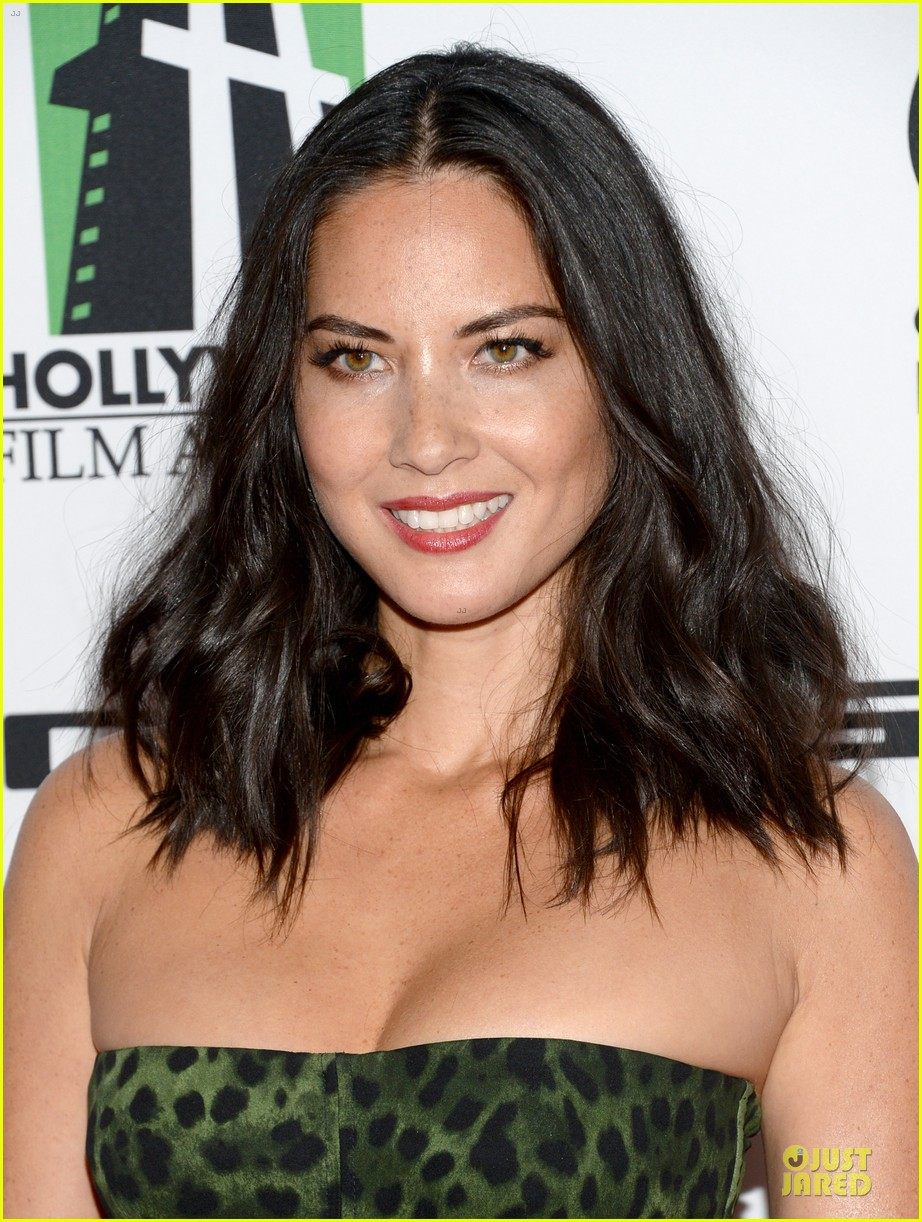 sandra bullock olivia munn hollywood film awards 2013 092976628