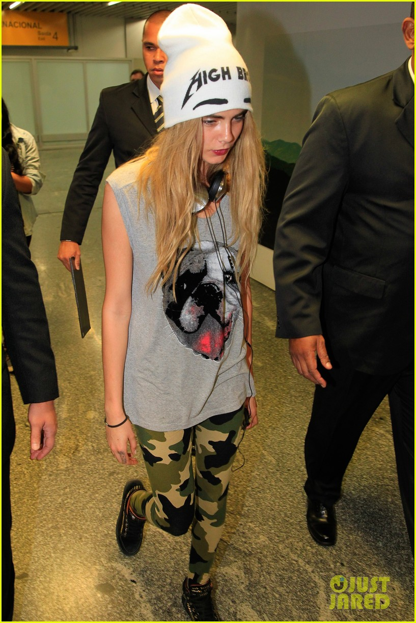 cara delevingne busy week in rio 132966582