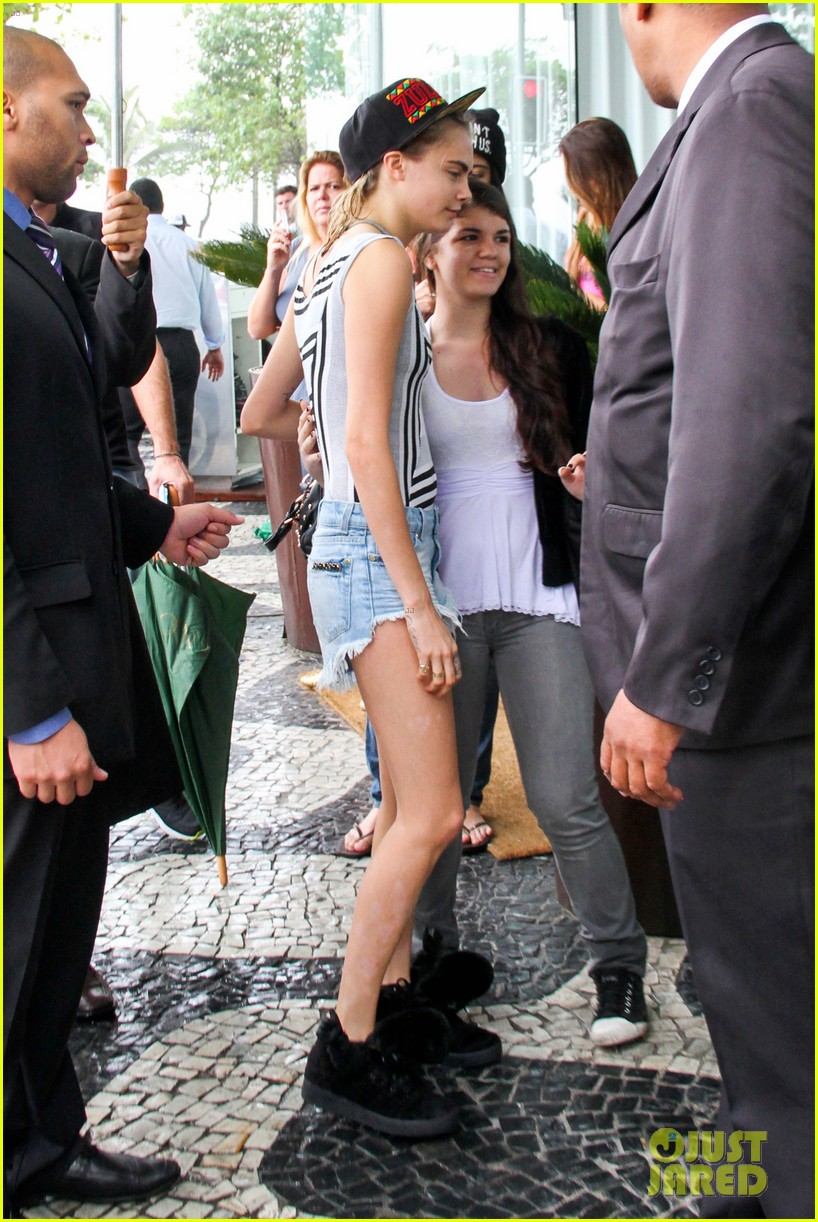 cara delevingne busy week in rio 442966613