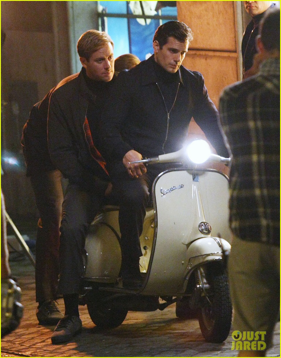 henry cavill armie hammer vespa ride for uncle 032965815
