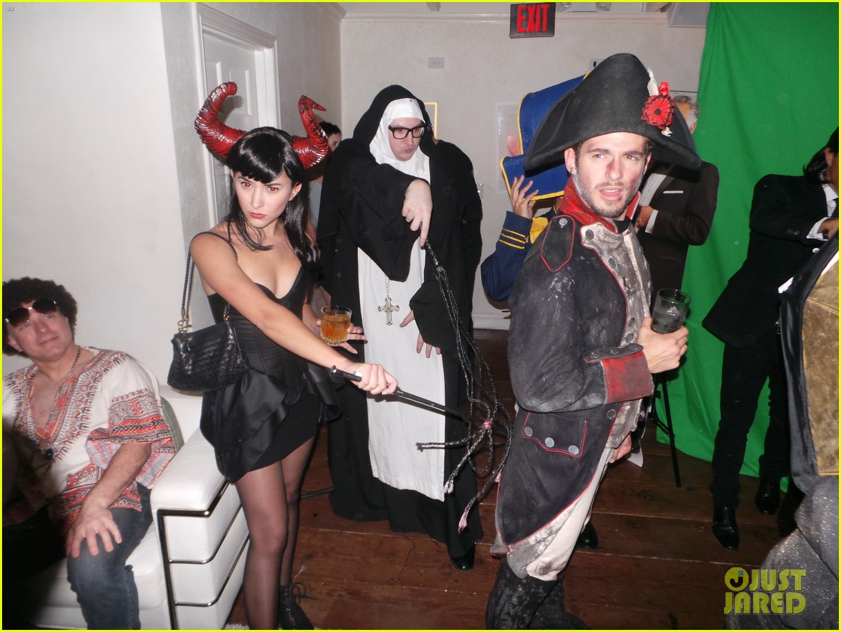 chace crawford julian morris matthew morrison halloween party 062981307