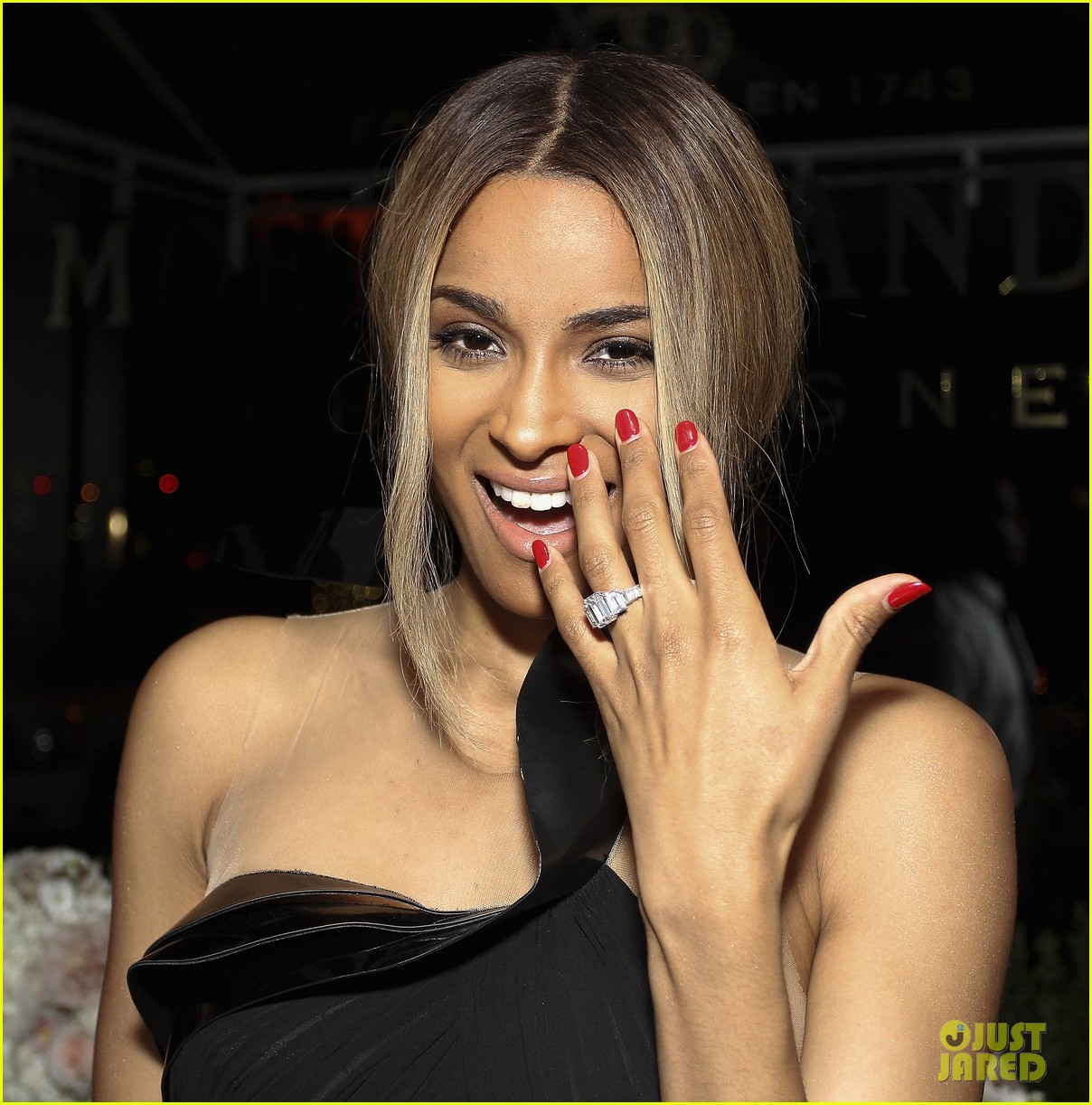 ciara shows off engagement ring at moet rose lounge 05