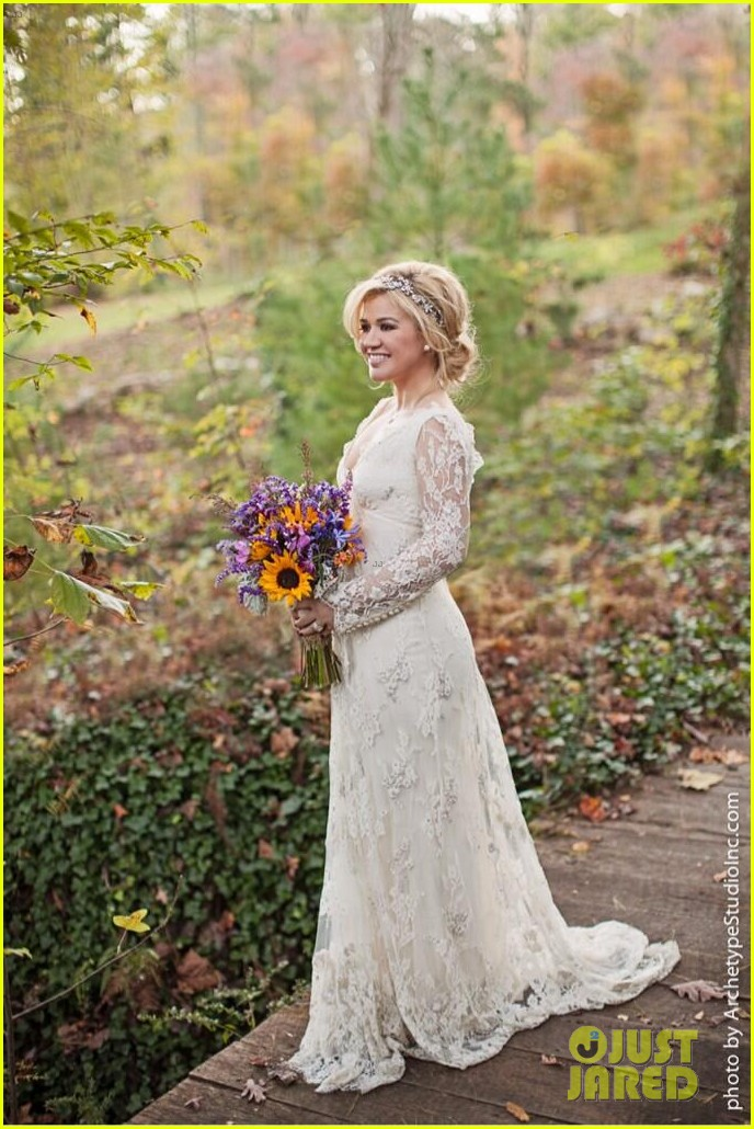 kelly clarkson wedding photos with brandon blackstock 032976386