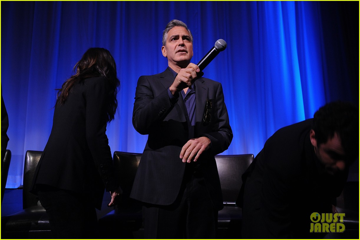 george clooney reveals why he wont date sandra bullock 072964962
