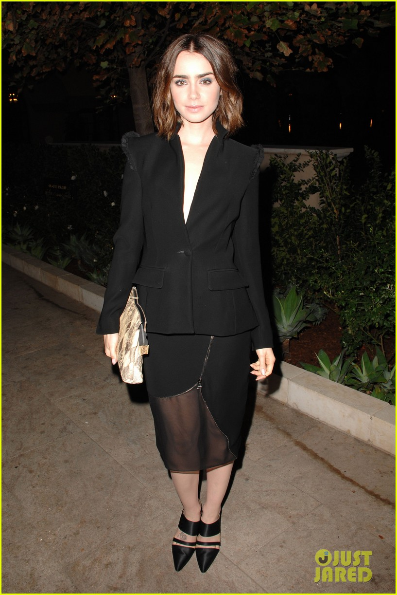 lily collins jessica pare vogue cfda fashion fund dinner 012978348