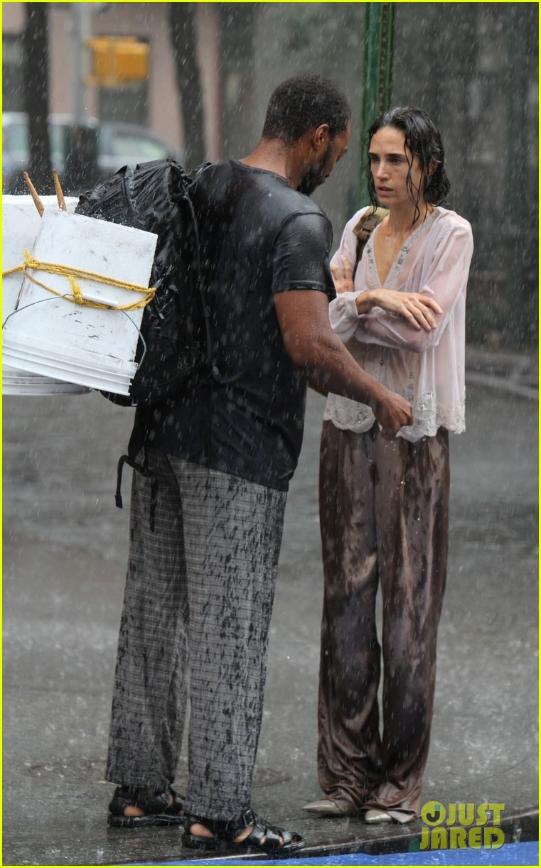 jennifer connelly braves rain for shelter stunt work 042968318
