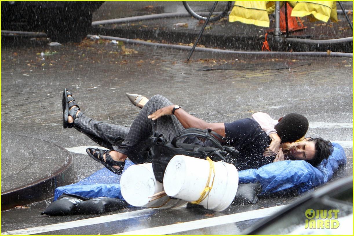 jennifer connelly braves rain for shelter stunt work 062968320
