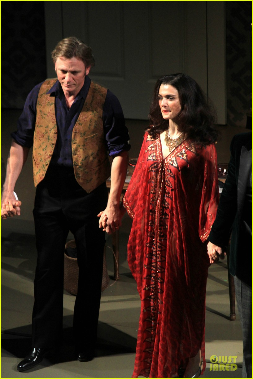 daniel craig rachel weisz betrayal first preview performance 092964243