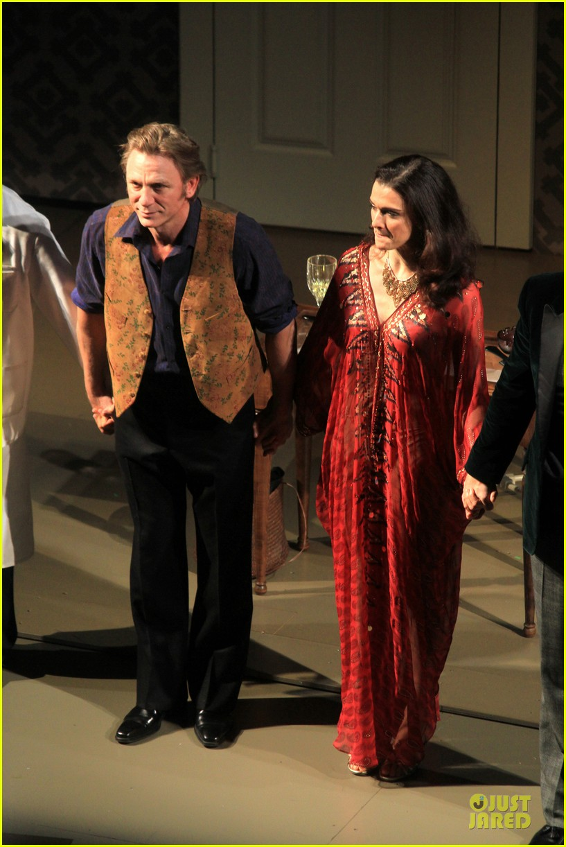 daniel craig rachel weisz betrayal first preview performance 18