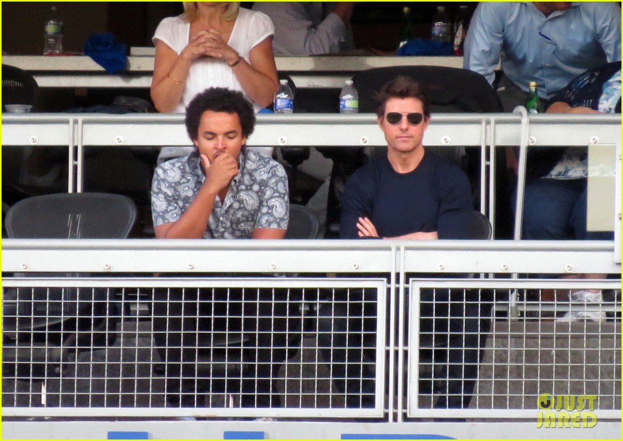 tom cruise dodger game with son connor 012972862