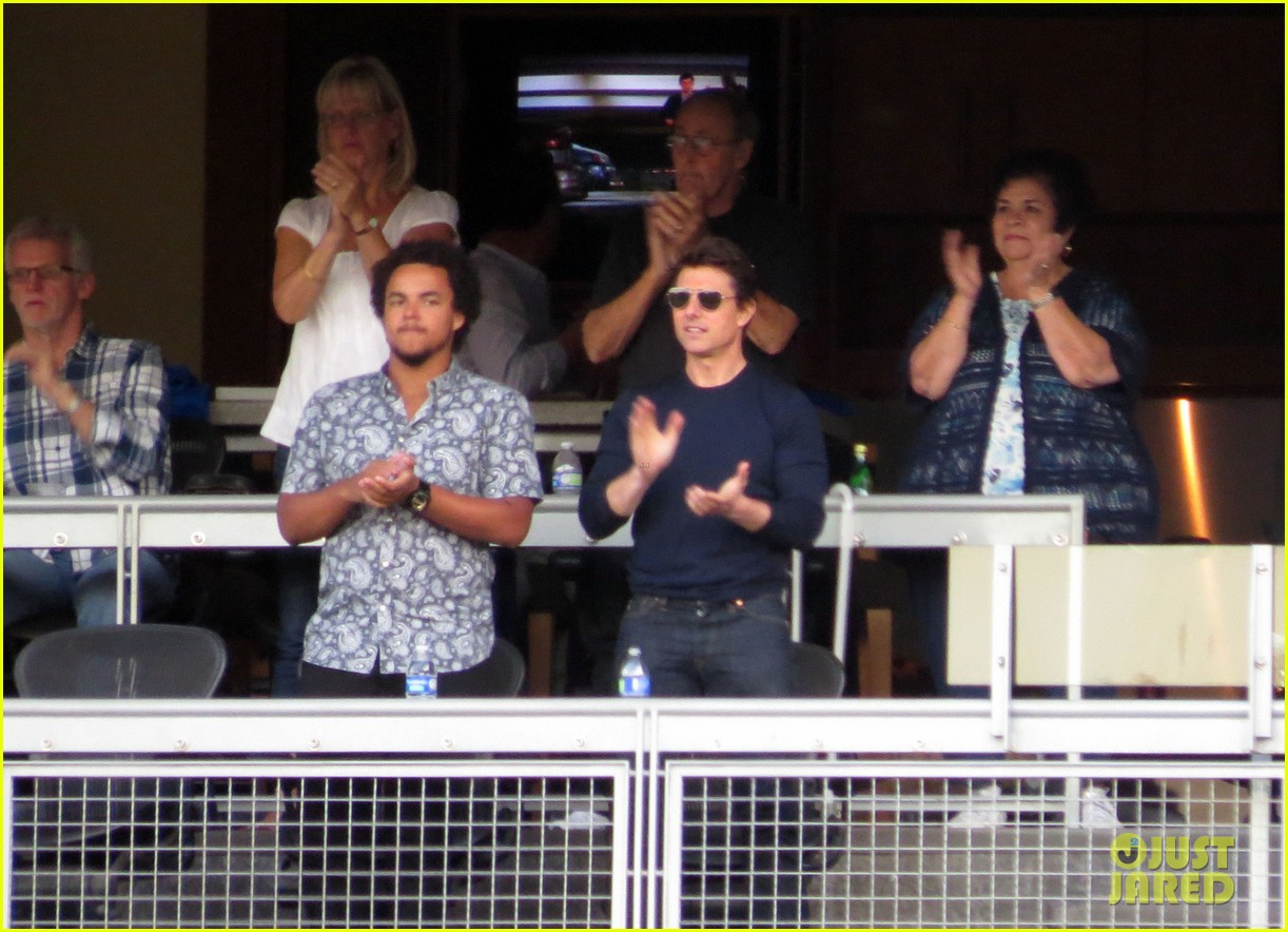 tom cruise dodger game with son connor 052972866